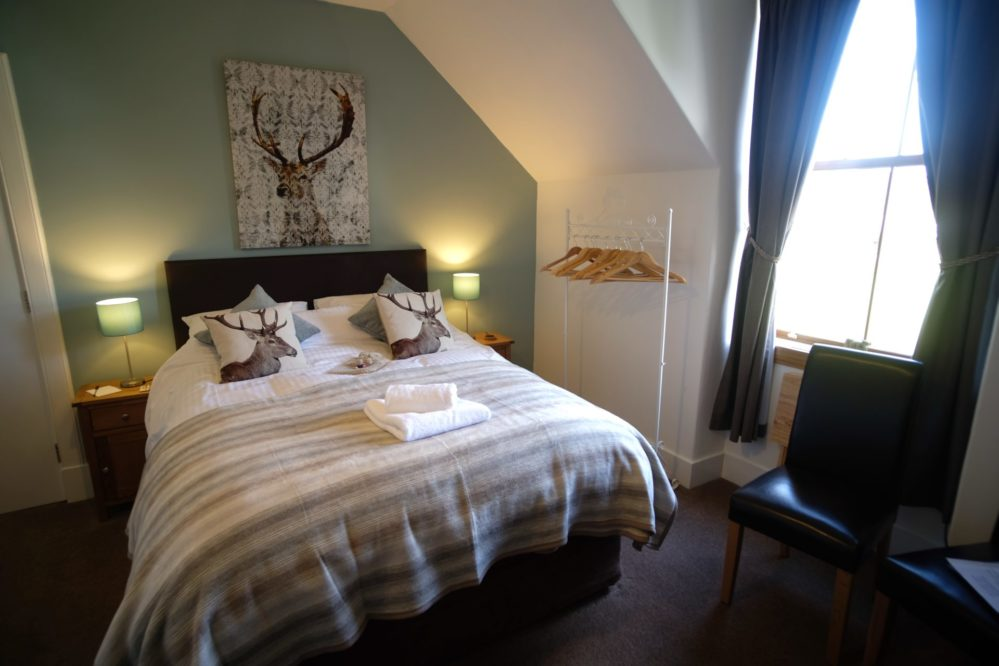 Glen Coe double bedroom with king-size bed